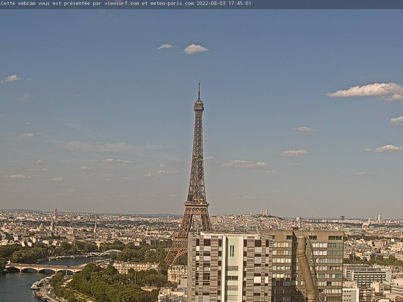 https://media.webcam-hd.fr/Pariscam3_1280x960.jpg